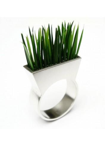 bague argent et herbe synthétique