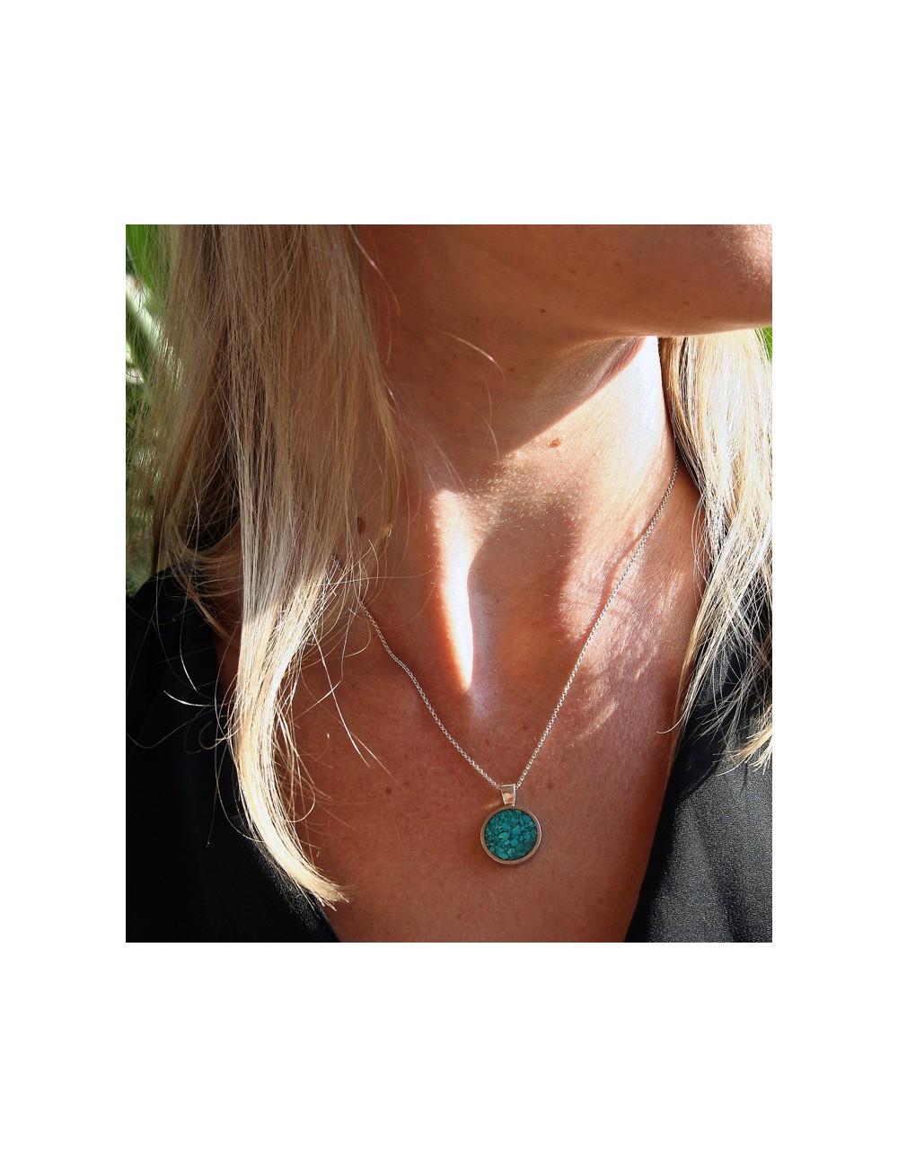 collier argent et turquoise